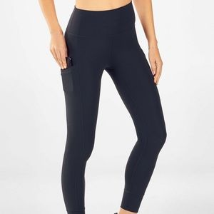 Fabletics High-Waisted Pureluxe Pocket 7/8